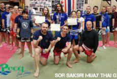 Boxe thaï : Et 1, et 2, et 3 médaillées d'or !